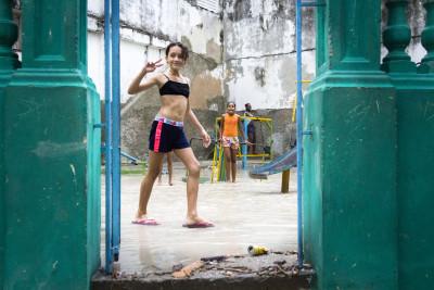 Spielplatz nach dem Regen, Havanna, Kuba