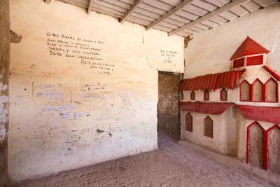 Wandbild einer ehemligen Zelle für politische Gefangene in Chacabuco