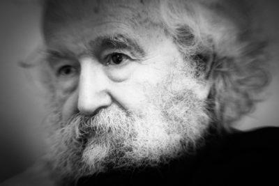 Tomás Moulian, Soziologe